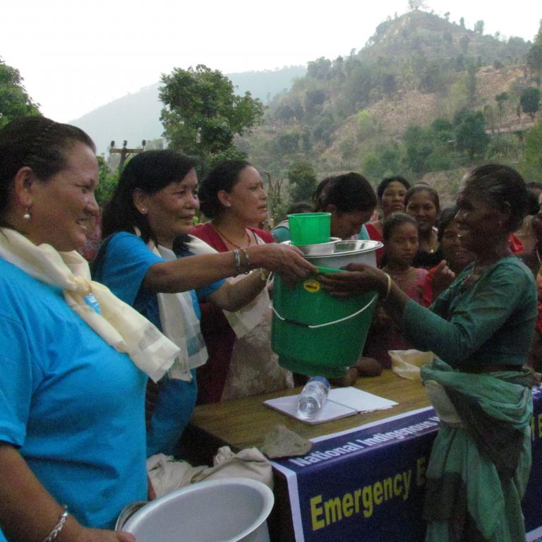 NIWF members providing food for those in need of emergency support and relief